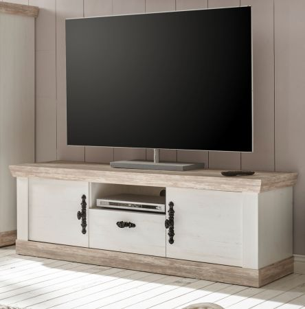TV-Lowboard Rovola in Pinie weiss Landhaus 156 x 51 cm